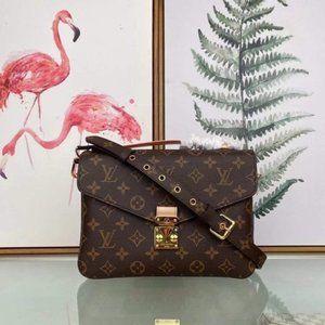 💎Louis Vuitton 💎Pochette Metis pour Femme Monogram bag